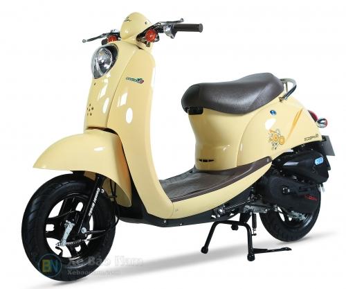 Xe ga 50cc Scoopy Màu Kem Sữa NEW