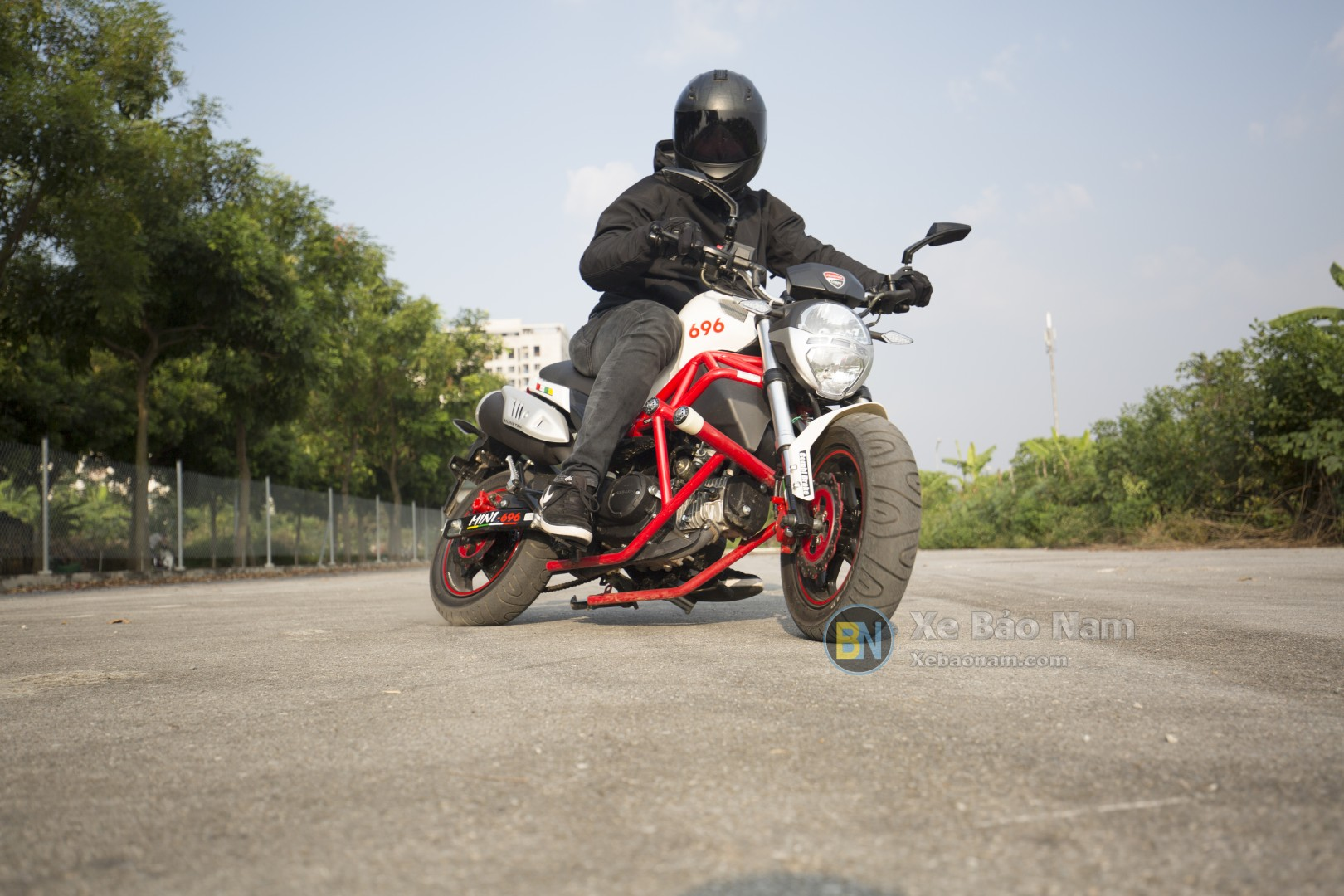 ducati-mini-monster-110-boc-dau-8