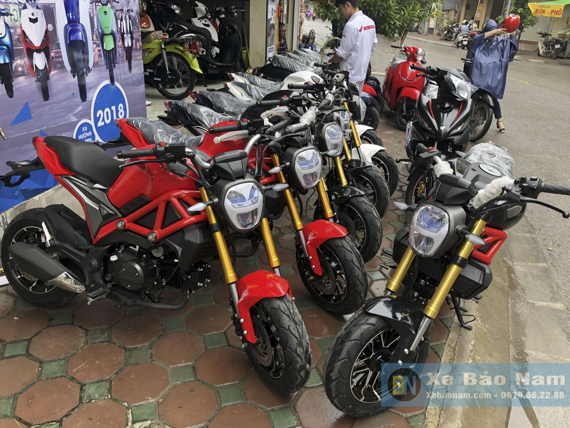 ducati-monster-mini-110cc-doi-moi-12
