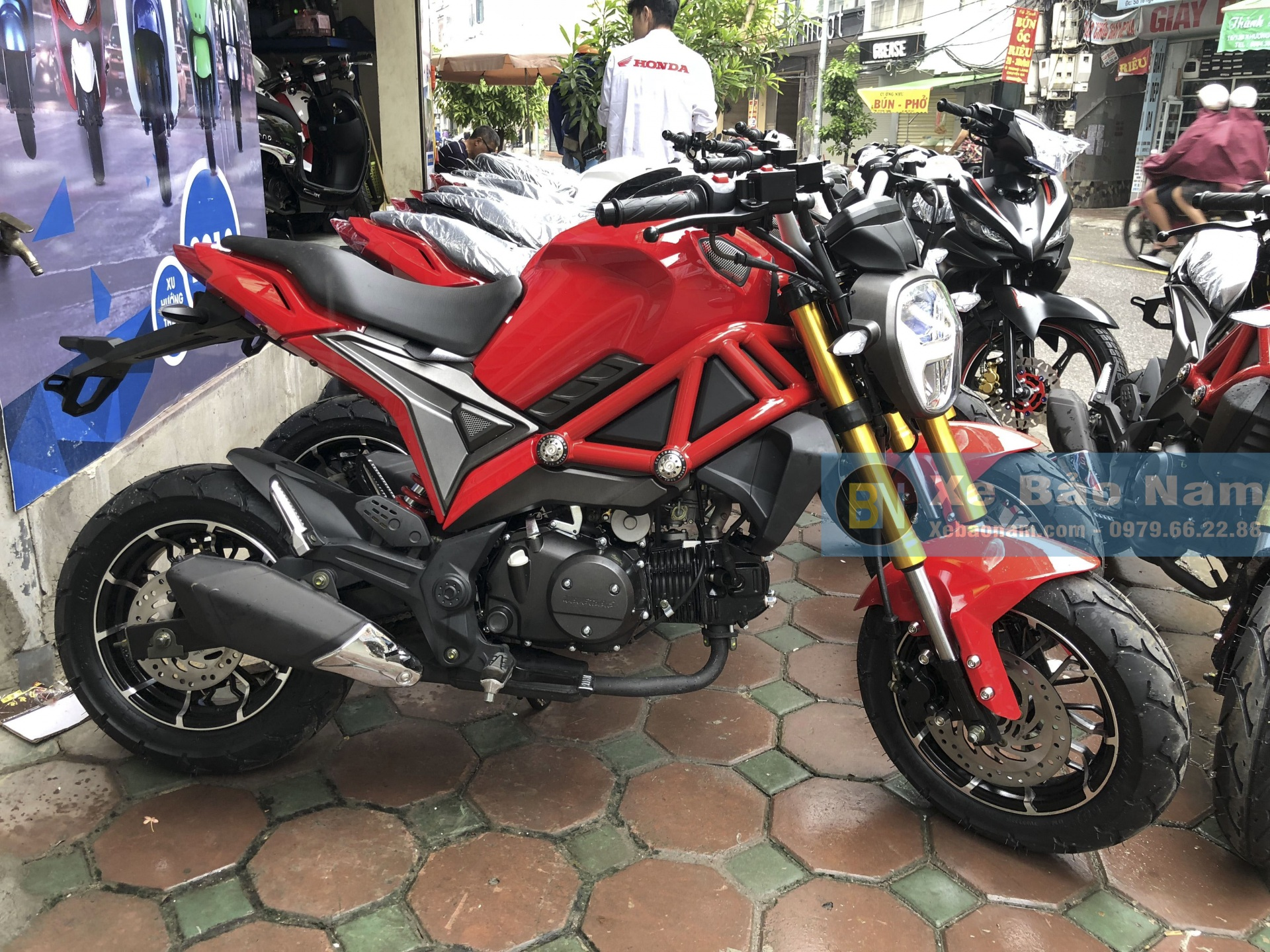 ducati-monster-mini-110cc-doi-moi-14