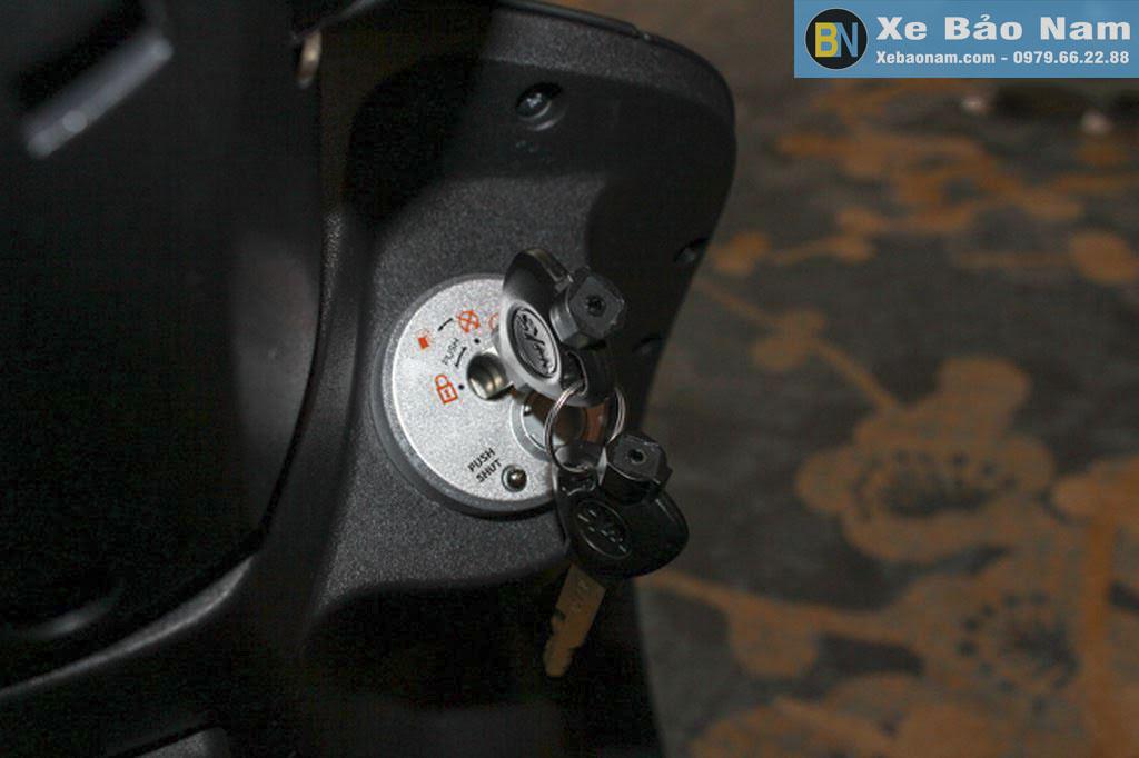 xe-ga-50cc-elite-den-nham-khoa-xe