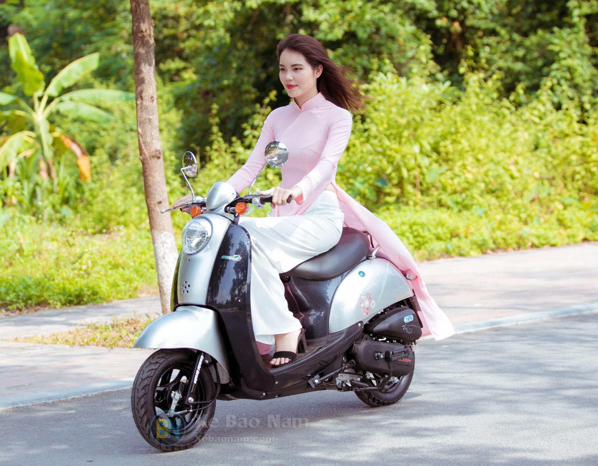 xe-ga-50cc-scoopy-mau-long-chuot-xebaonam(6)