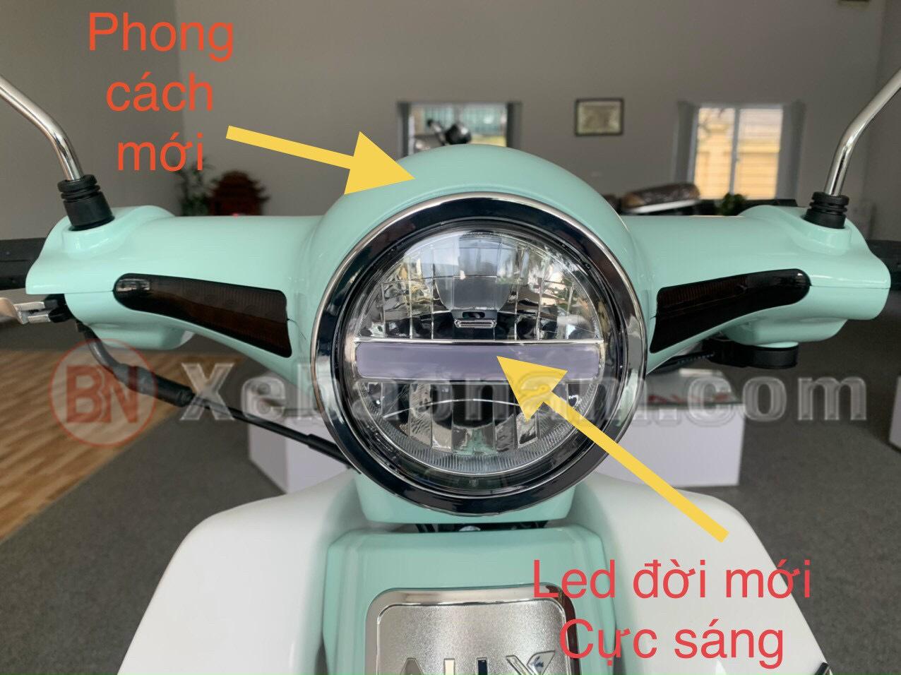 ALLY New 50 phiên bản mới với thiết kế đèn pha tách riêng với đầu xe cuốn hút