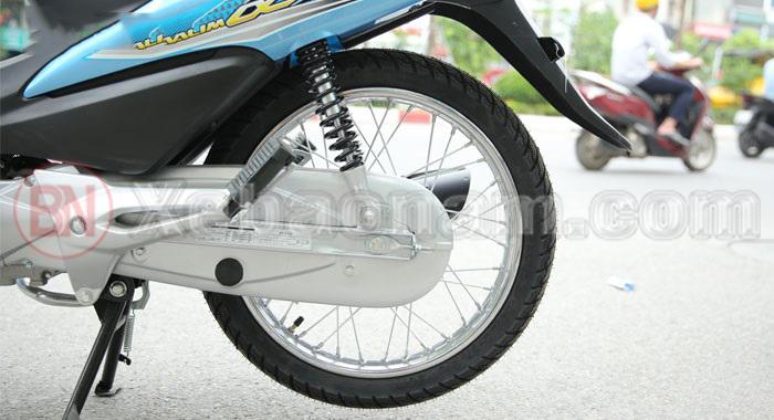 Bánh sau xe máy wave 50cc