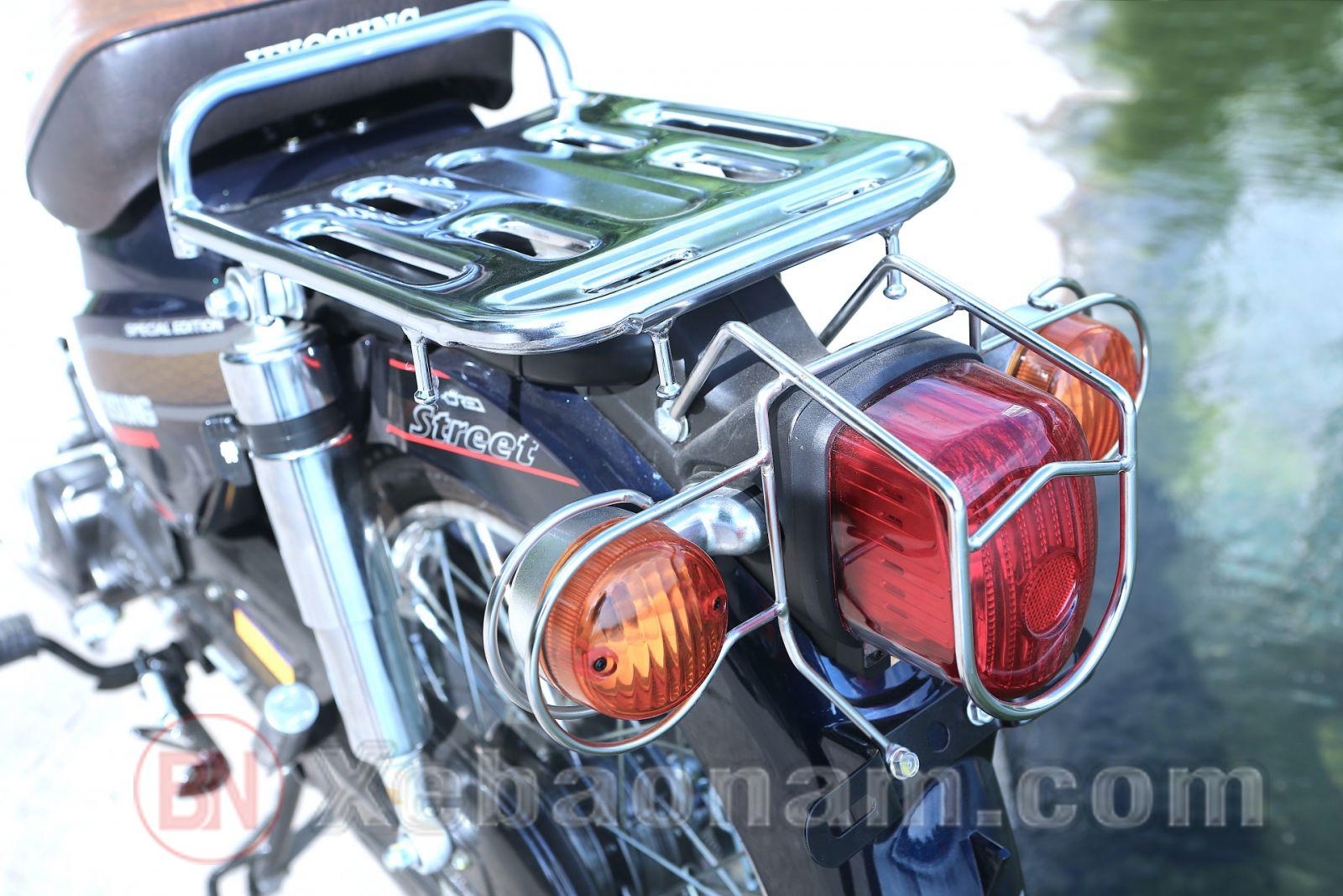 Đèn hậu xe cub 81 hyosung