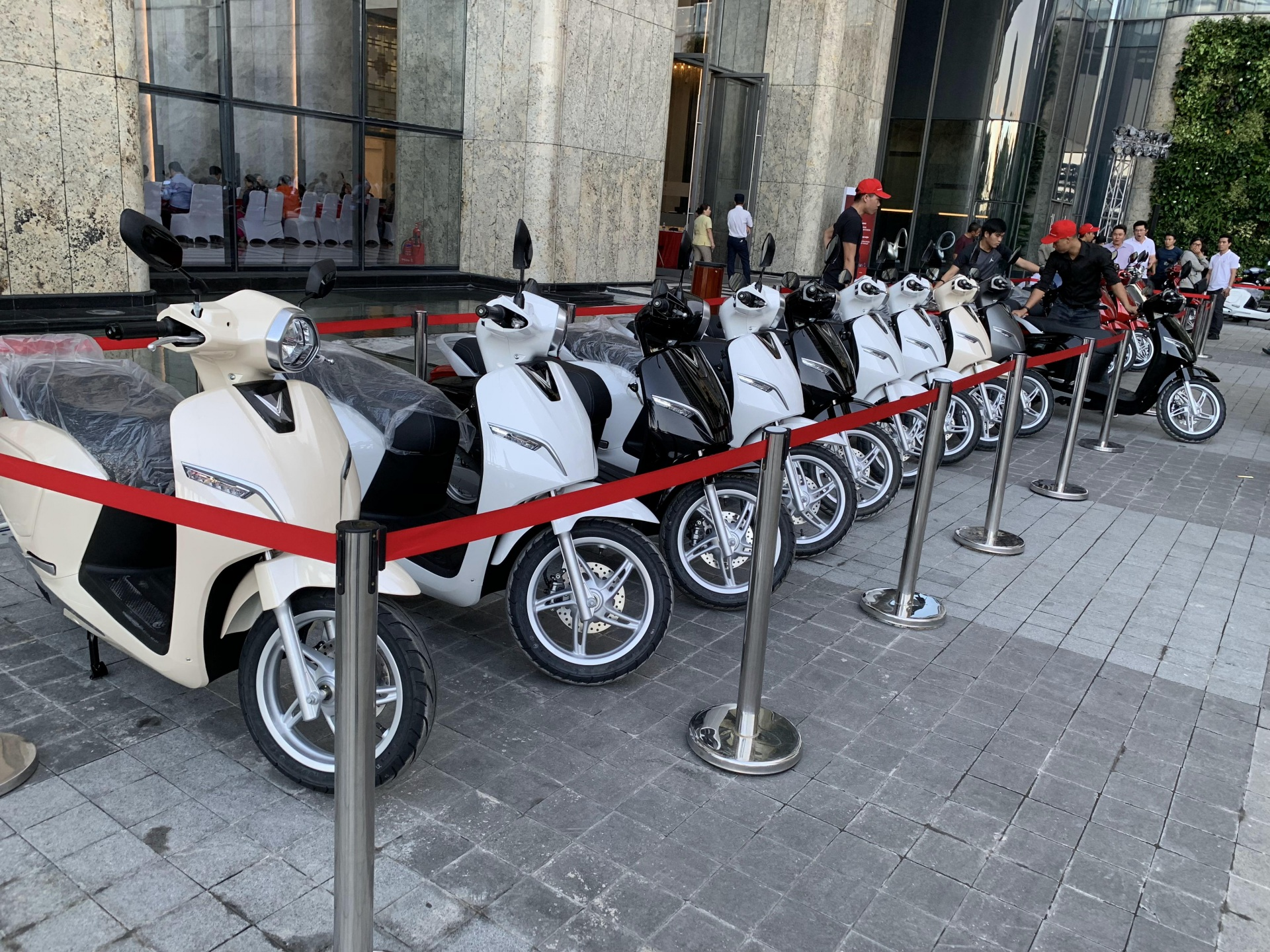 Xe điện của Xe Bảo Nam được trưng bày rất nhiều tại các showroom cửa hàng