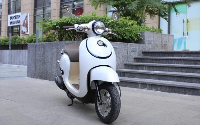 xe-ga-50cc-giorno-nhat-ban-nhap-khau-2