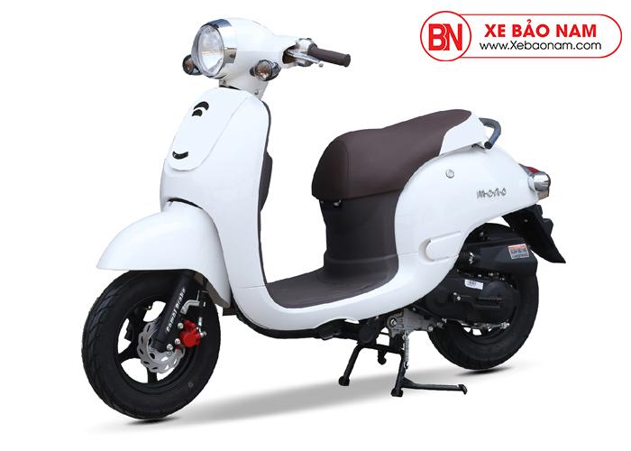 Xe ga 50cc Giorno phanh đĩa màu trắng