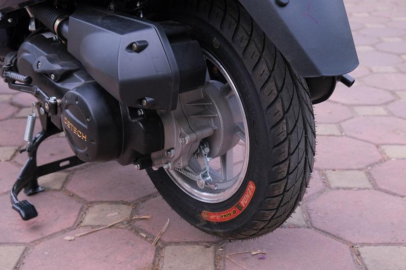Bánh sau xe ga 50cc Kitafu 50Vs Detech