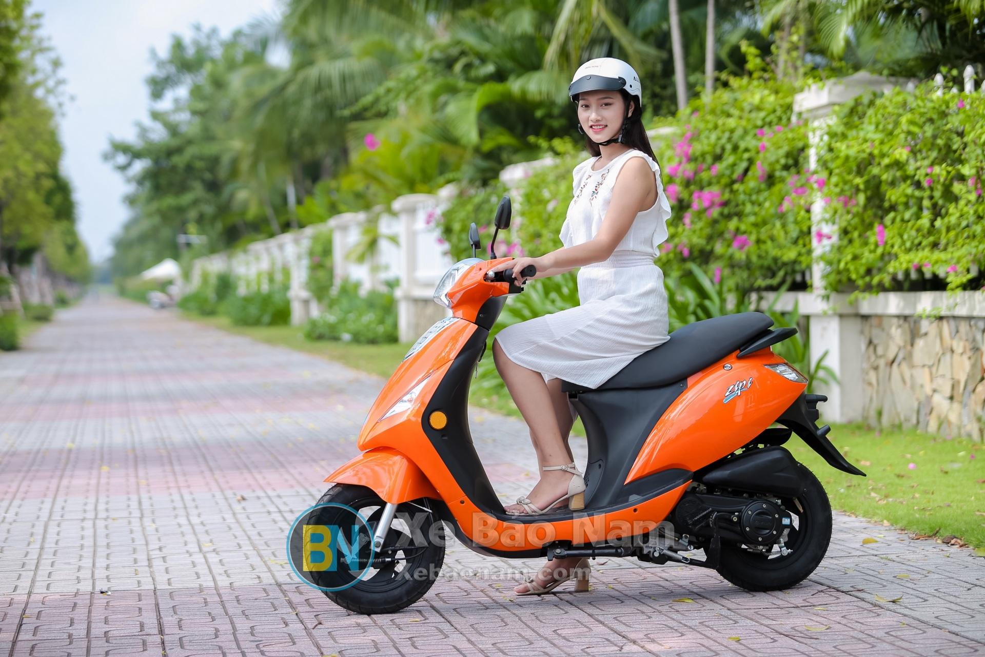 xe-ga-50cc-zip-khong-can-bang-lai
