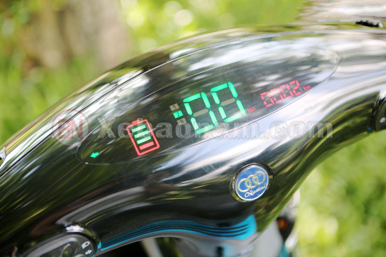Đồng hồ hiện đại xe máy điện gogo niosima 2020