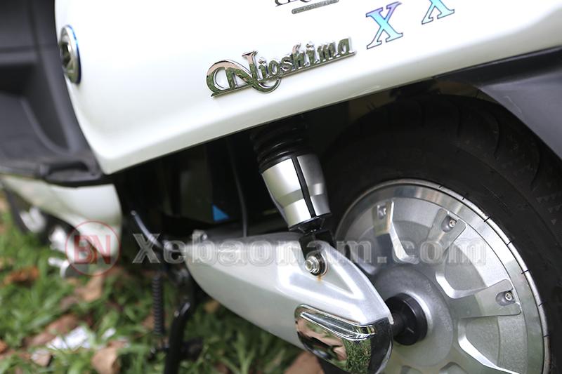 Thụt sau xe máy điện Vespa Nioshima X