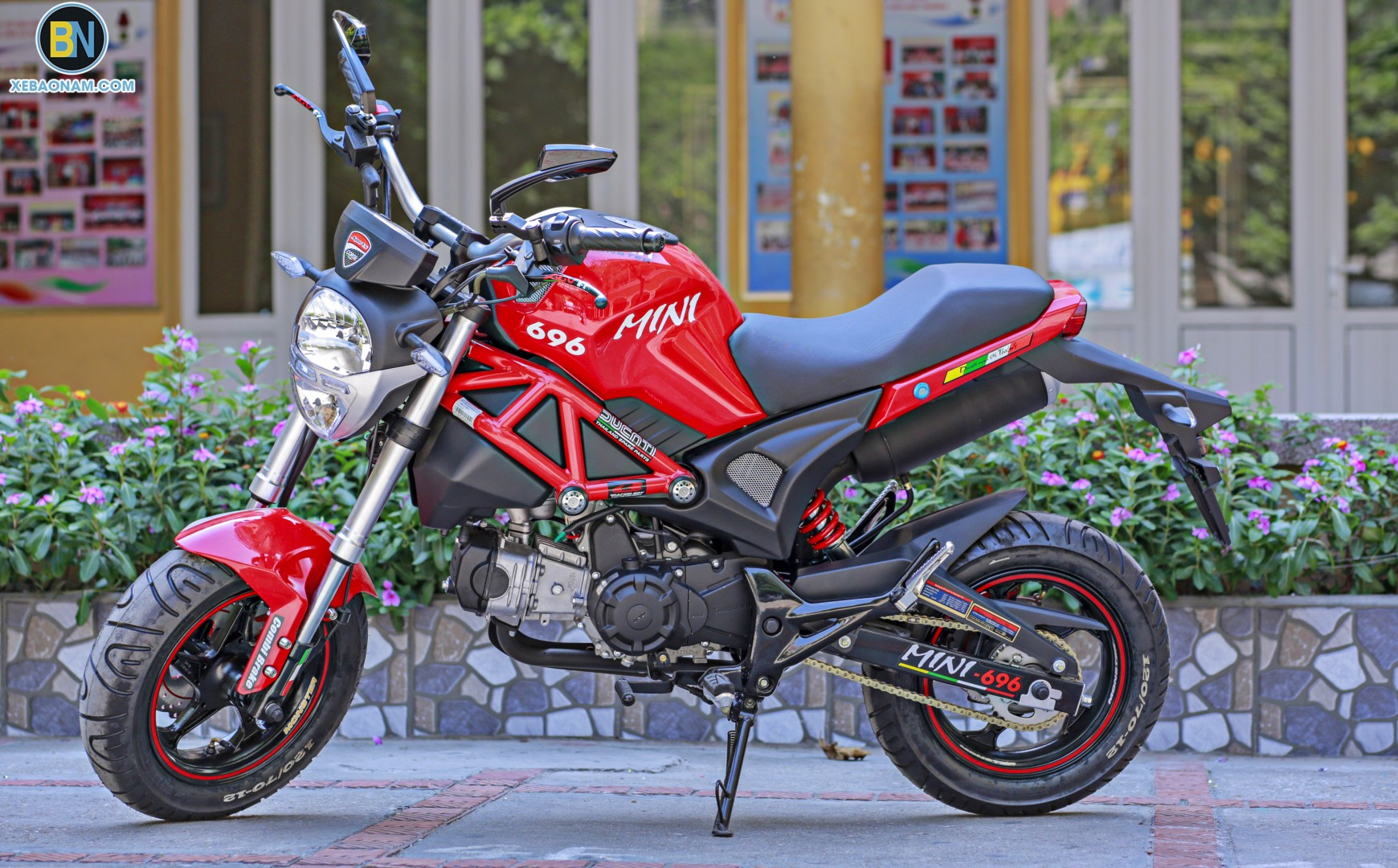 xe-may-ducati-mini-monster-110-xebaonam(1)