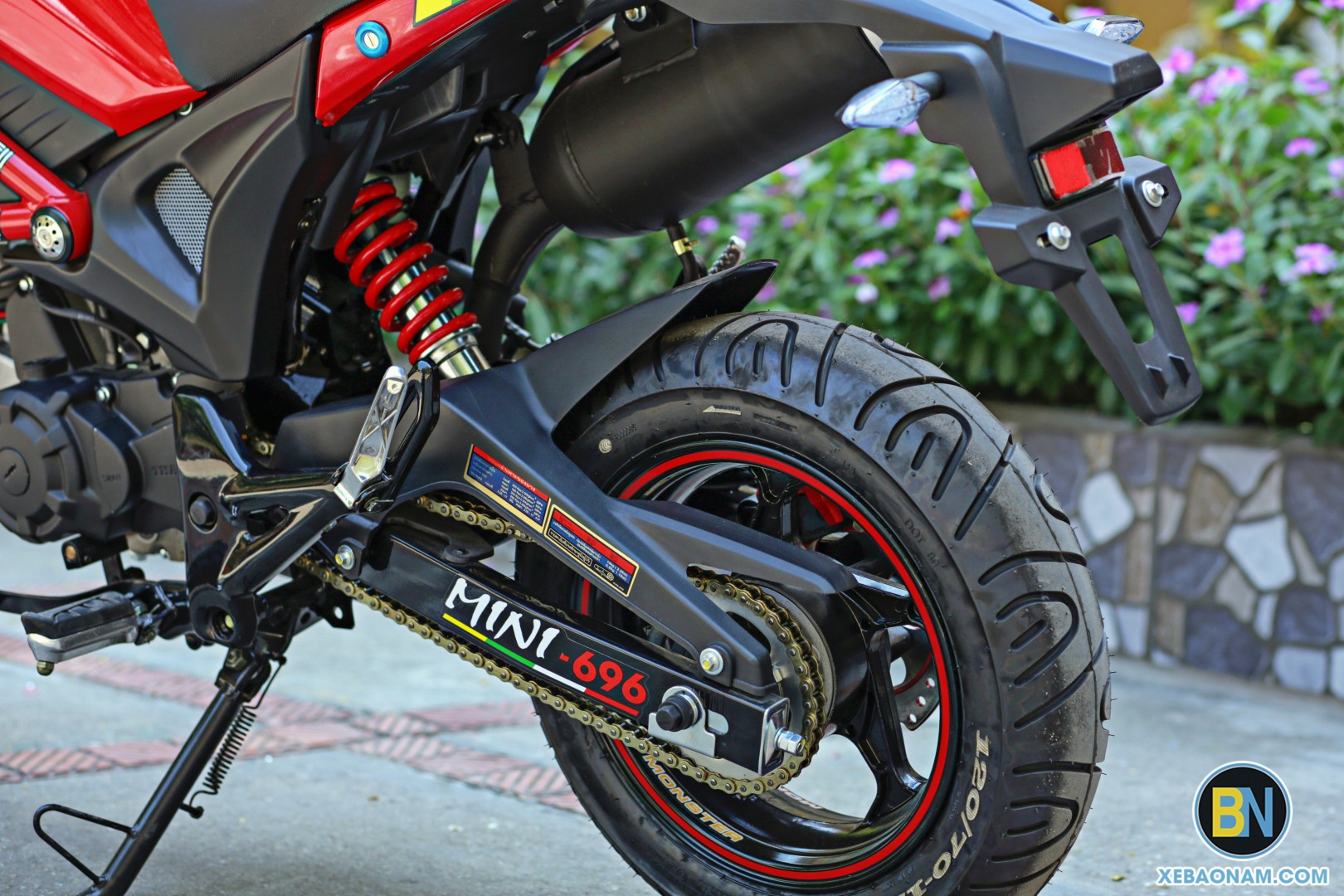 xe-may-ducati-mini-monster-110-xebaonam(10)