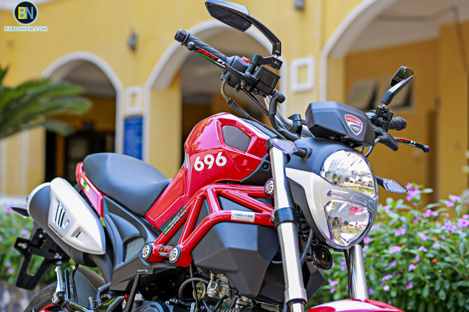 xe-may-ducati-mini-monster-110-xebaonam(20)