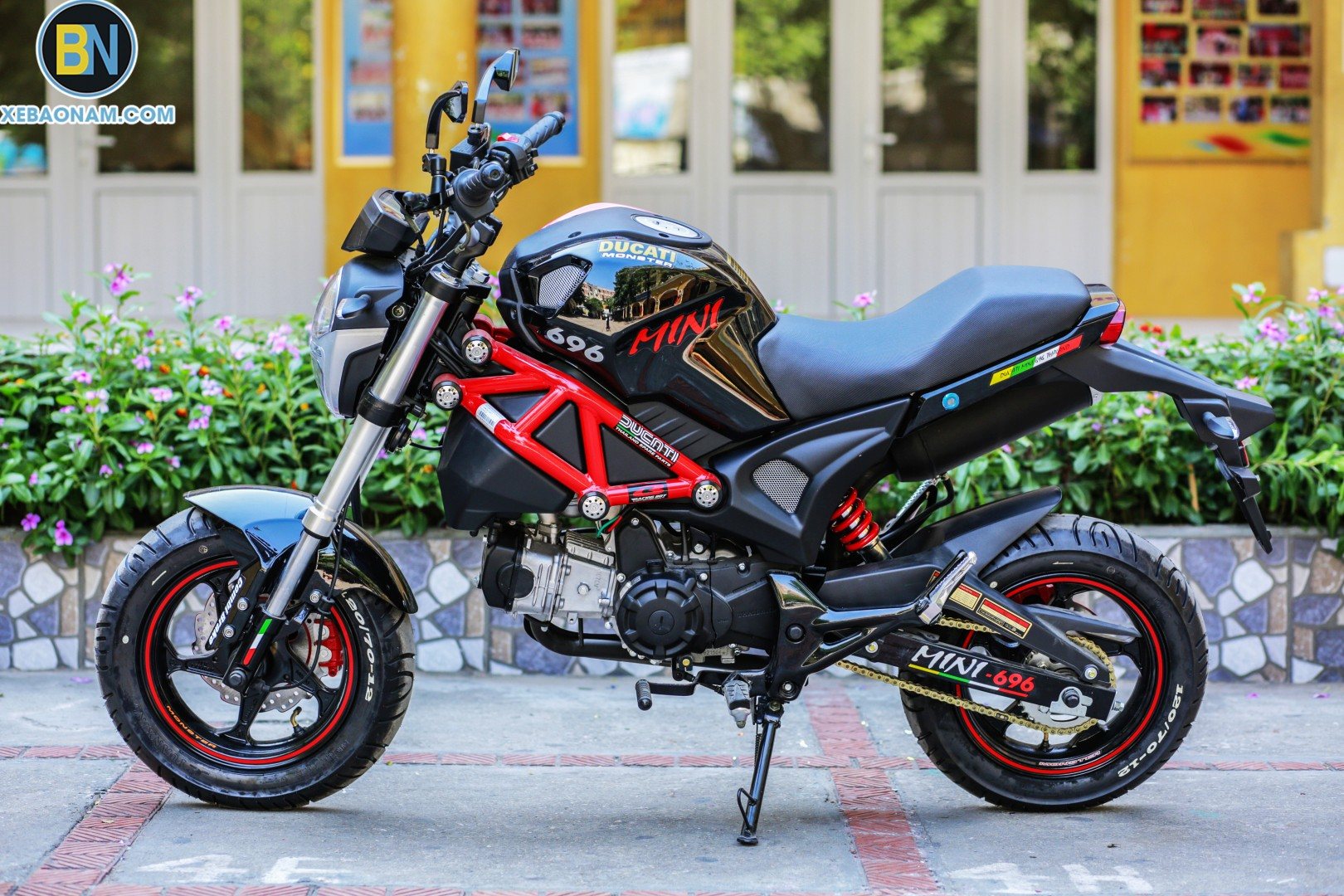 xe-may-ducati-mini-monster-110-xebaonam(23)