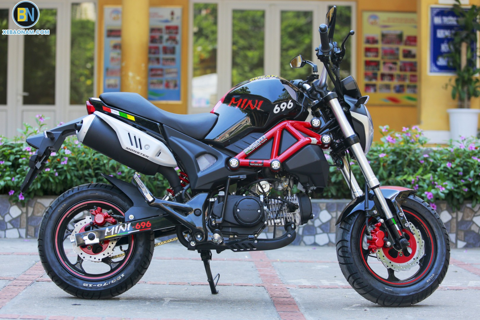 xe-may-ducati-mini-monster-110-xebaonam(27)