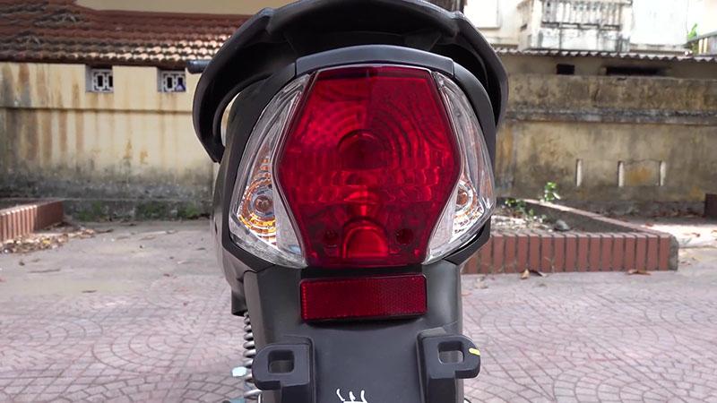 Cụm đèn hậu xe máy 50cc sym elegant vành đúc