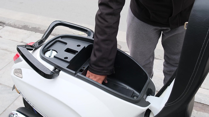 Cốp xe tay ga 50cc jvc eco