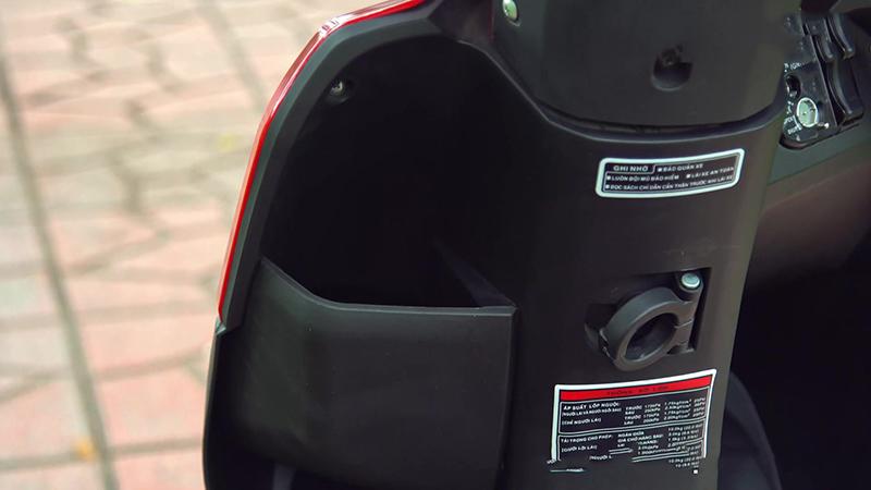 Cốp trước xe tay ga 50cc tact nhập khẩu