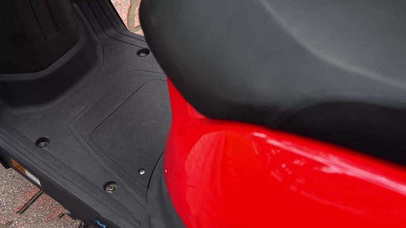 Sàn để chân xe tay ga 50cc tact nhập khẩu