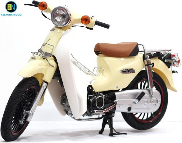 Xe máy Cub 50 lùn Bánh Béo (Bản Độ) - Màu Sữa (Thailan)