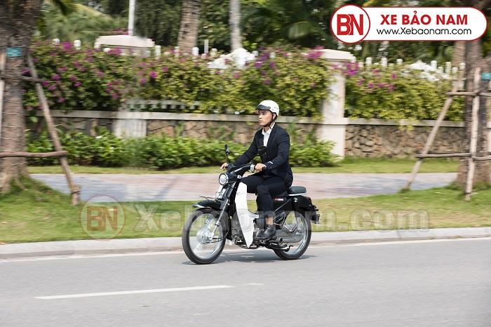 Xe máy Cub Classic 110cc Thailan Bạc ( Có Săm)