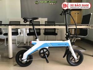 Xe điện gấp Nakxus 8 inch Mới nhất màu trắng xanh