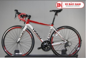 Xe đạp đua Giant OCR 5300 màu đỏ