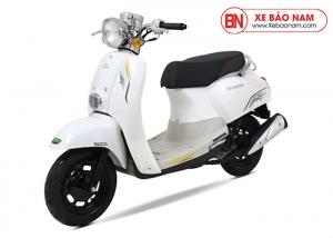 Xe ga 50cc Crea Việt Thái màu trắng