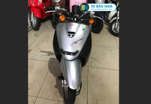 Xe ga 50cc Honda Today nhập khẩu màu bạc