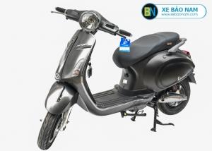 Xe máy điện nijia Venus smartkey màu bạc