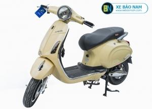 Xe máy điện nijia Venus Smartkey màu vàng kem