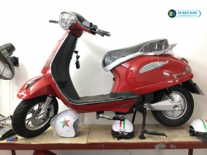 Xe máy điện Roma SE DK màu đỏ