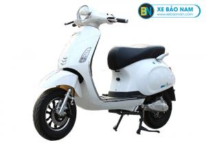 Xe máy điện Vespa Valerio màu trắng
