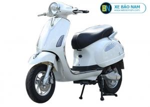 Xe máy điện Vespa Xyndi màu trắng