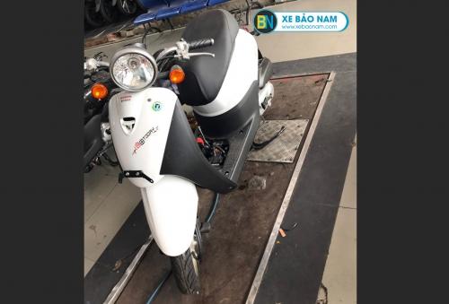 Xe ga 50cc Honda Today nhập khẩu màu trắng
