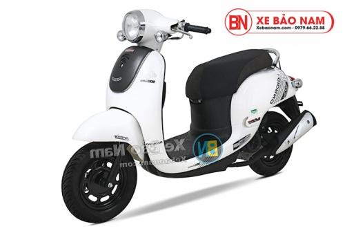 Xe ga 50cc Giorno 2 (Tem chìm) 2019 màu trắng