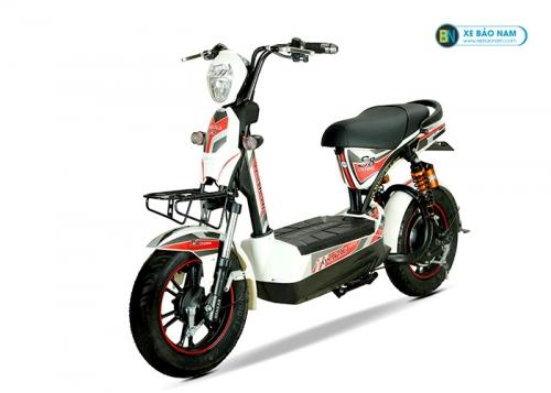 Xe máy điện Osakar S8 Sport màu trắng