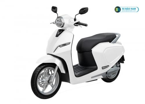 Xe máy điện Vinfast Klara màu trắng (Acquy)