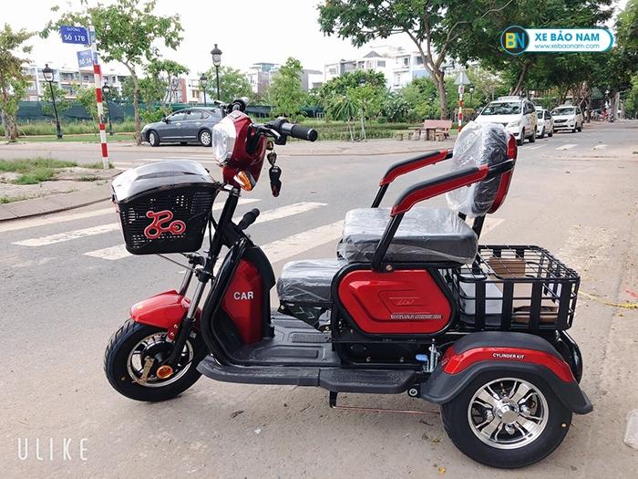 Xe điện 3 bánh Lixi màu đỏ