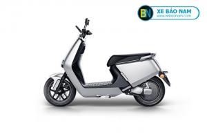 Xe máy điện Yadea G5 màu xám